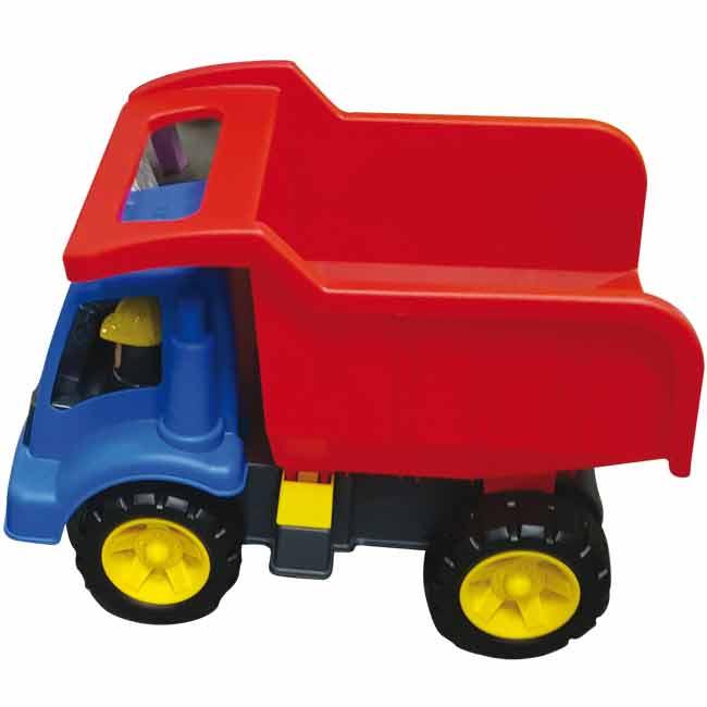 כלי תחבורה לחצר בגן